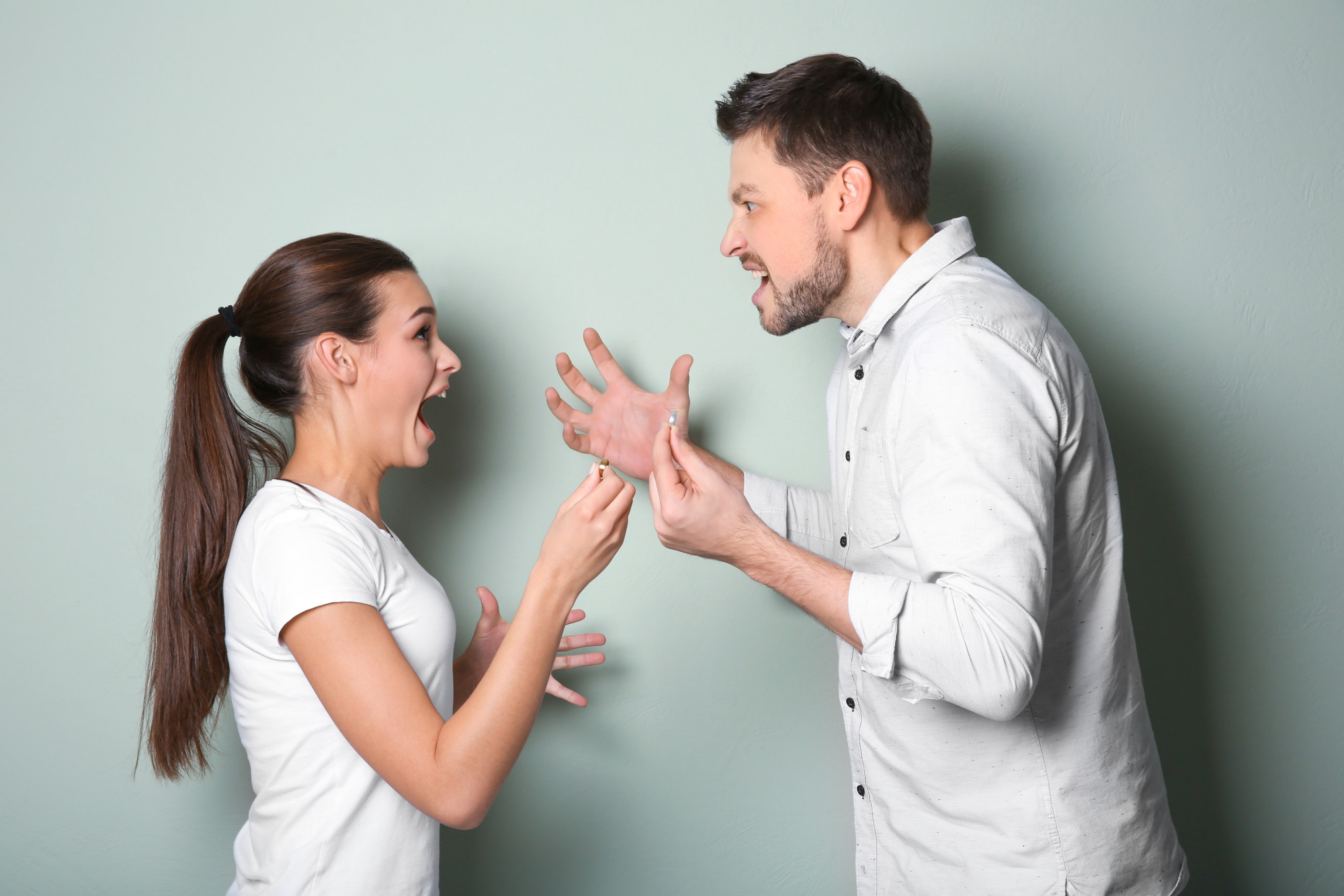 5 Mistakes to Avoid When Hiring a Domestic Violence Lawyer