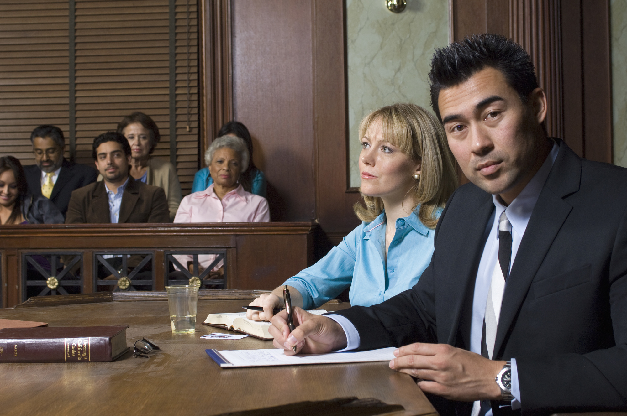 How Can I Choose the Best Criminal Defense Attorney Near Me?